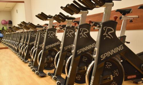 5 powodów dla których warto chodzić na spinning i 3 dla których nie warto