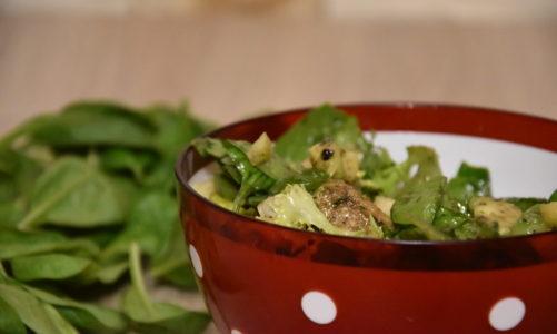 Sałatka z awokado i gruszki