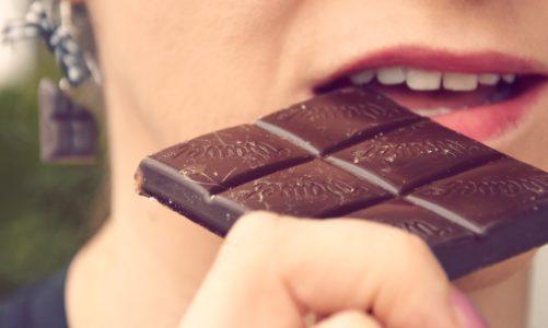 Słodka historia czekolady: blaski, cienie, pikanteria