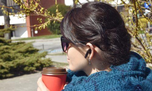 Słuchawki Huawei FreeBuds 4i: cztery zalety i dwie wady