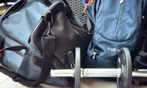 Co wygodniejsze na siłownię: plecak czy torba?